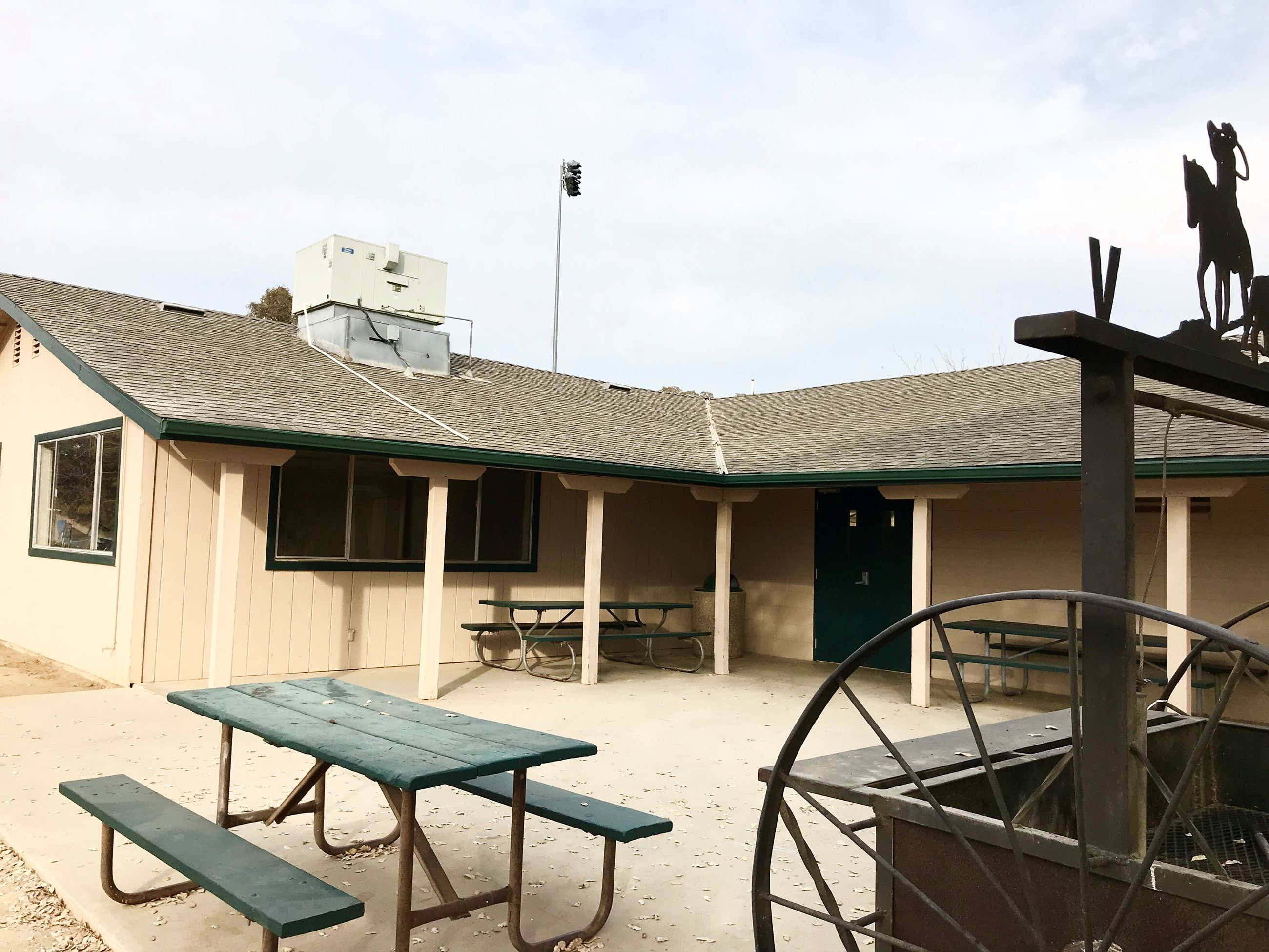 Photograph of exterior patio at McCay Hall in Catheys Valley, California