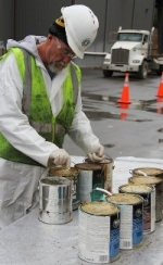 handling paint at hhw event.JPG